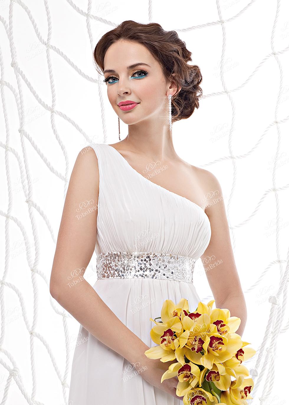 Свадебная прическа под платье ампир